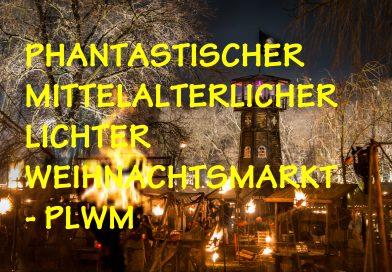 Phantastischer Mitteralterlicher Lichter Weihnachtsmarkt
