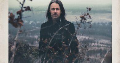 """MYLES KENNEDY präsentiert neues Soloalbum """"The Ides Of March"""", VÖ: 14. Mai 2021"""