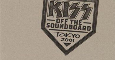 """KISS kündigen neue Bootleg-Serie an – beginnend mit """"Off The Soundboard – Tokyo 2001"""""""