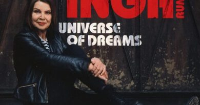 """INGA RUMPF feiert 75. Geburtstag mit dem Doppelalbum """"Universe Of Dreams"""" und """"Hidden Tracks"""