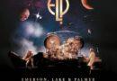"""EMERSON, LAKE & PALMER – """"OUT OF THIS WORLD: LIVE (1970-1997)"""" wird in einer 7CD-Box oder 10LP-Box am 29. Oktober 2021 veröffentlicht!"""